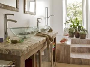 photo salle de bain en pierre
