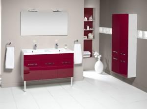 Salle de bains rouge laqué_aquarine