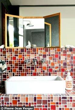 lavabo mosaïque rouge pour salle de bain orientale - pierre jean verger