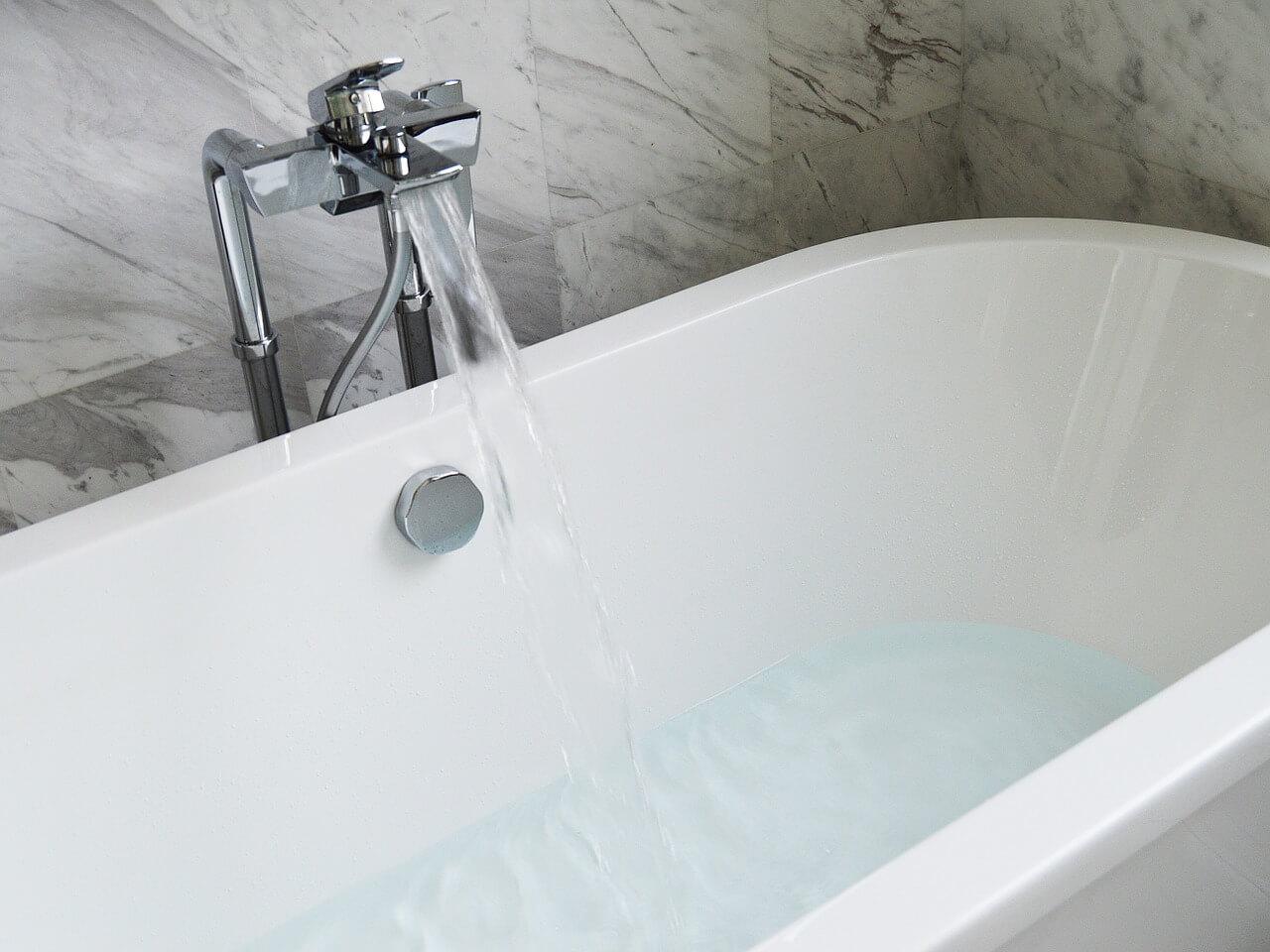 installer mitigeur baignoire